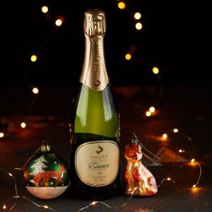 Fox & Fox Essence English sparkling wine for Christmas